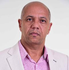 Me. Erivaldo Costa Vieira