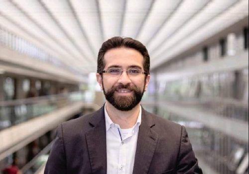 Professor estuda impactos da videoconferência em tempos de pandemia