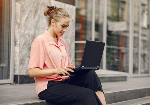 Veja agenda de cursos de curta duração on-line do mês de novembro