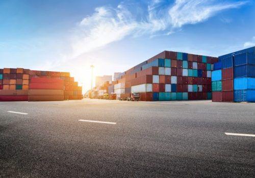 """Reveja o webinar """"Internacionalização de Empresas Brasileiras: Desafios para PMEs"""""""