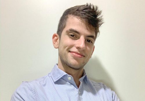 Alumni Alvarista: ex-aluno da FECAP é analista de prevenção a atos ilícitos no Itaú