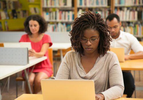 12 cursos online gratuitos para fazer em 2021!