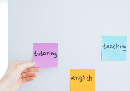 FECAP tem aulas gratuitas de reforço de Português e Inglês