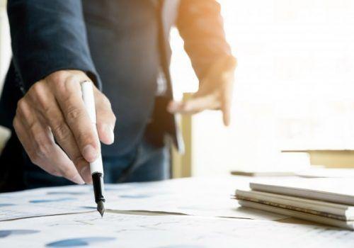 Mercado exige que profissionais resolvam problemas e tomem decisões: saiba mais sobre essas competências
