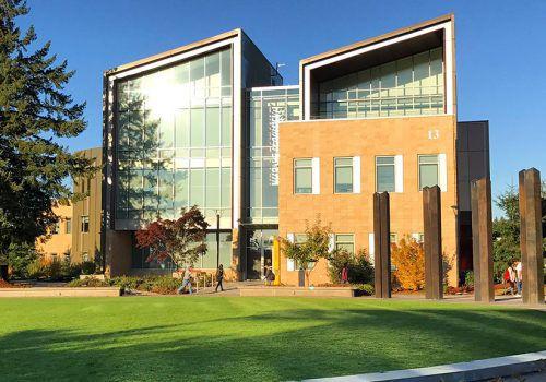Universidade americana subsidia parte do valor de curso de inglês para estudantes da FECAP