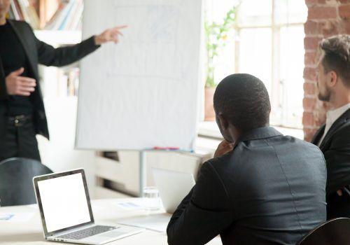FECAP realiza palestras sobre diversidade e finanças para funcionários de empresas